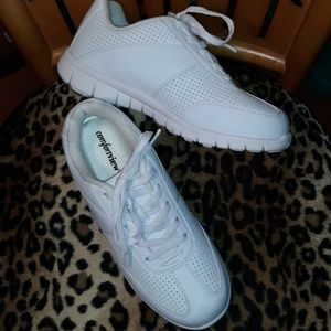 Comfortview Womens Size 9M Sneakers EUC